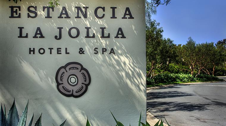 PropertyImage EstanciaLaJollaHotelandSpa 12 Hotel Exterior Entrance CreditEstanciaLaJollaHotelAndSpa