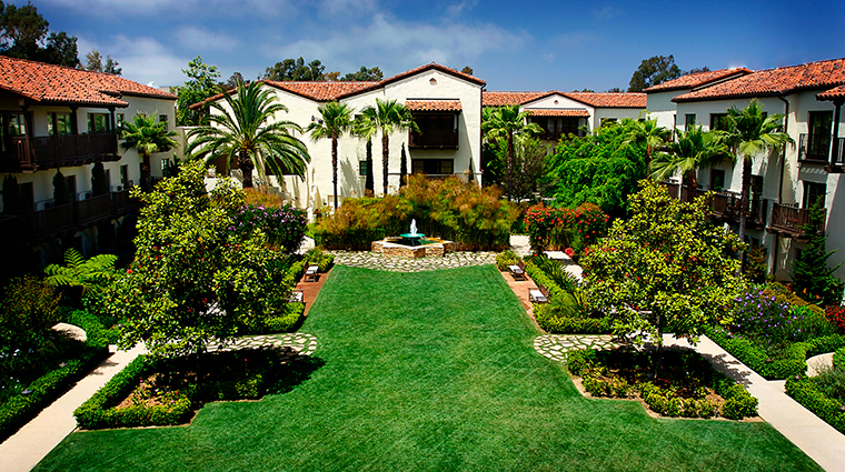 PropertyImage EstanciaLaJollaHotelandSpa 8 Hotel PublicSpaces GardenCourtyard CreditEstanciaLaJollaHotelAndSpa