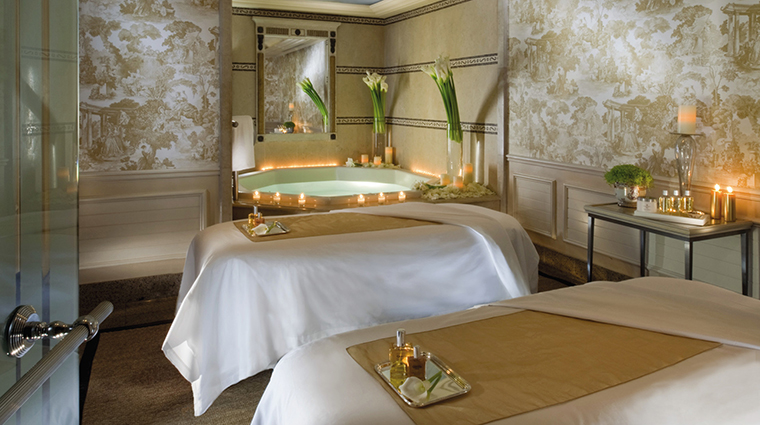PropertyImage FourSeasonsHotelGeorgeV 18 Hotel Spa TreatmentRoom CreditFourSeasons