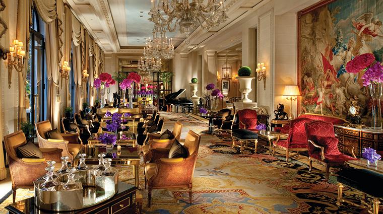 PropertyImage FourSeasonsHotelGeorgeV 3 Hotel BarLounge LaGalerieLounge CreditFourSeasons