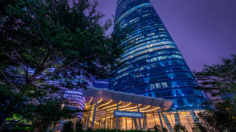 PropertyImage FourSeasonsHotelGuangzhou 1 Hotel Exterior 1 CreditKenSeet