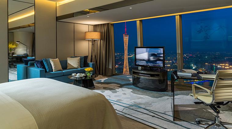 PropertyImage FourSeasonsHotelGuangzhou 13 Hotel GuestroomSuites PremierRoom 1 CreditKenSeet