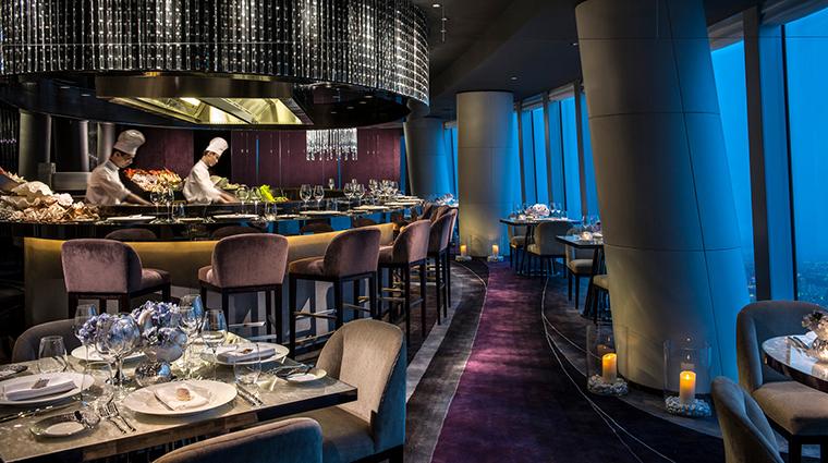 PropertyImage FourSeasonsHotelGuangzhou 16 Hotel Restaurant Catch 2 CreditKenSeet