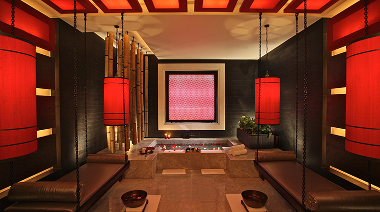 PropertyImage FourSeasonsHotelHangzhou Hotel 10 Spa TreatmentRoom 2 CreditFourSeasons