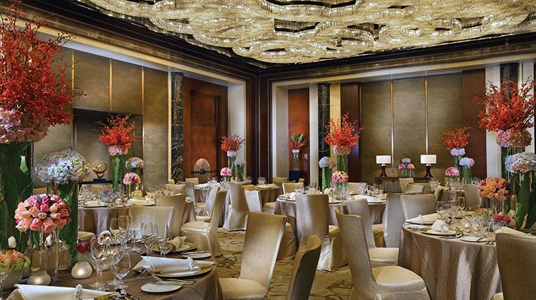 PropertyImage FourSeasonsHotelHangzhou Hotel 5 PublicSpaces Ballroom CreditFourSeasons