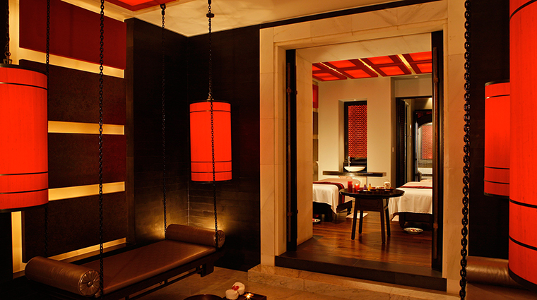 PropertyImage FourSeasonsHotelHangzhou Hotel 9 Spa TreatmentRoom CreditFourSeasons