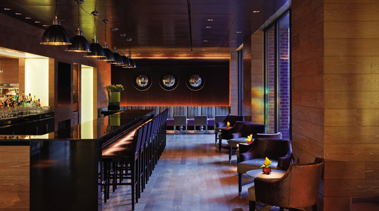 PropertyImage FourSeasonsWashingtonDC Hotel BarLounge TheLoungeAtBourbonSteakRestaurant Seating CreditFourSeasons