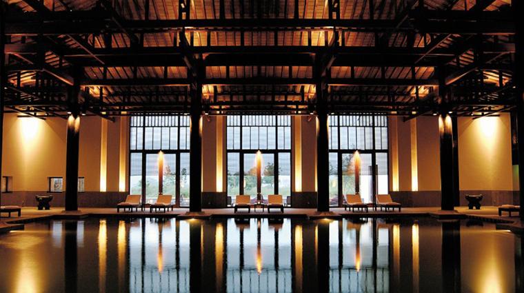 PropertyImage FuchunResortHangzhou 13 Hotel PublicSpaces Pool CreditFuchunResortHangzhou