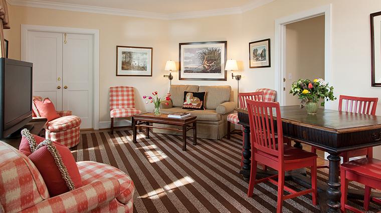 PropertyImage GoodstoneInn 8 Hotel GuestroomSuites ManorLiving CreditGoodstoneInn