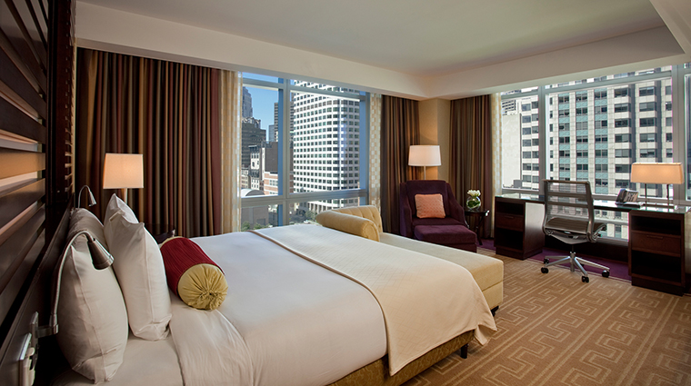 PropertyImage InterContinentalBoston 2 Hotel GuestroomSuites PremierGuestroom CreditInterContinentalBoston