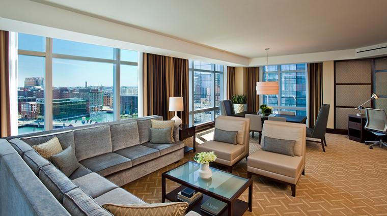 PropertyImage InterContinentalBoston 5 Hotel GuestroomSuites AmbassadorSuite CreditInterContinentalBoston