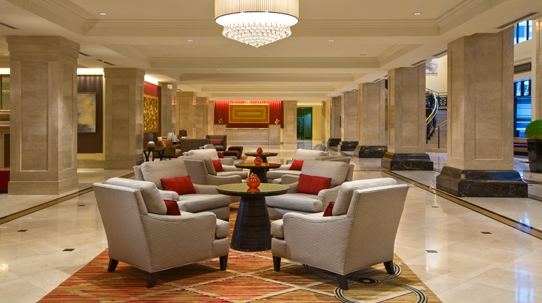 PropertyImage JWMarriottChicago 3 Hotel PublicSpaces Lobby CreditMarriottInternationalInc