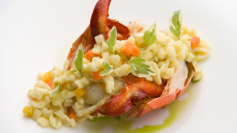 PropertyImage KaualGrill Restaurant Food Lobster CreditStarwoodHotelsandResortsWorldwideInc