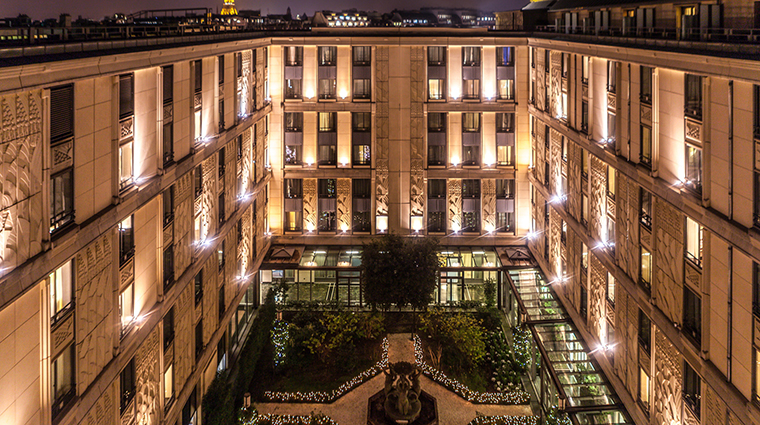 PropertyImage LHotelduCollectionneur 1 Hotel Exterior CreditLHotelduCollectionneur