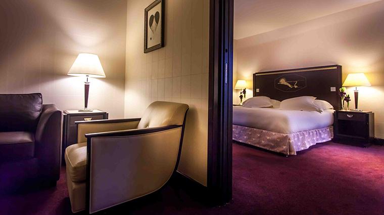 PropertyImage LHotelduCollectionneur 10 Hotel GuestroomsSuites JuniorSuiteKing CreditLHotelduCollectionneur