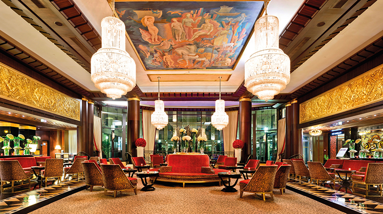 PropertyImage LHotelduCollectionneur 2 Hotel PublicSpaces Lobby CreditLHotelduCollectionneur
