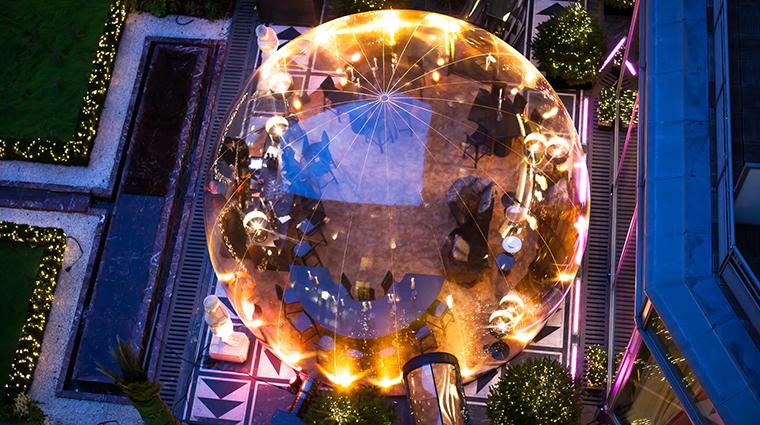 PropertyImage LHotelduCollectionneur 7 Hotel PublicSpaces EphemeralBubble 1 CreditLHotelduCollectionneur