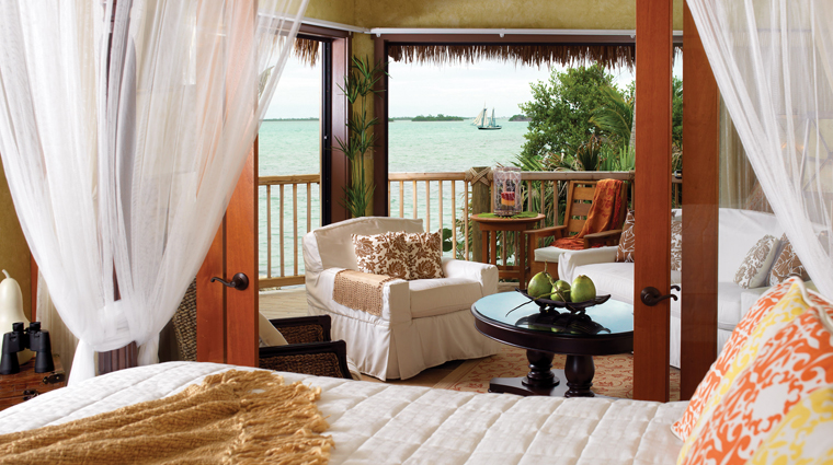 PropertyImage LittlePalmIslandResortAndSpa 2 Hotel GuestroomSuite LittlePalmBungalow Bedroom CreditNobleHouseHotelsAndResorts