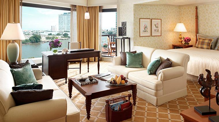 PropertyImage MandarinOrientalBangkok 11 Hotel GuestroomSuites MandarinRoom CreditMandarinOrientalHotelGroupLLC