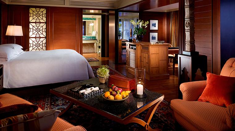 PropertyImage MandarinOrientalBangkok 8 Hotel GuestroomSuites BangkokRoomStateRoom CreditMandarinOrientalHotelGroupLLC