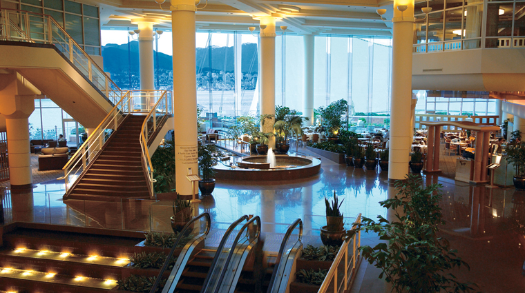 PropertyImage PanPacificVancouver 1 Hotel PublicSpaces Lobby Atrium CreditPanPacificHotels