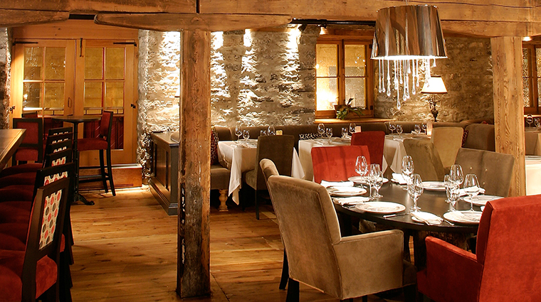 PropertyImage Panache 2 Restaurant Style Dining3 CreditAubergeSaintAntoine