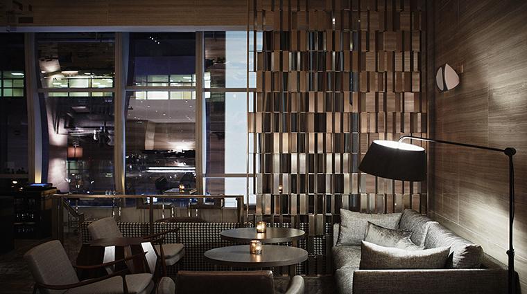 PropertyImage ParkHyattNY Hotel GuestroomsSuites LivingRoom CreditParkHyatt