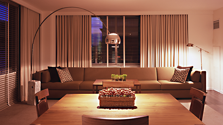 PropertyImage ParkHyattWashington 10 Hotel GuestroomSuites PremierParkExecutiveSuiteLivingRoom CreditParkHyattWashington