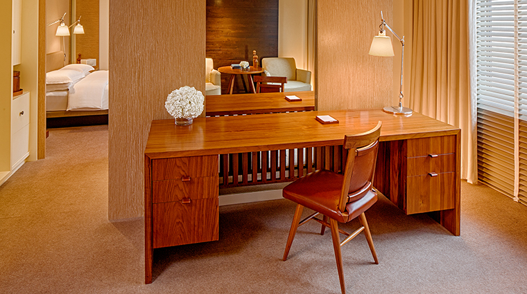 PropertyImage ParkHyattWashington 8 Hotel GuestroomSuites ParkParlorSuite CreditParkHyattWashington