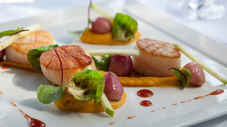 PropertyImage RestaurantAtGoodstone 8 Restaurant ScallopsEntree CreditGoodstoneInnandRestaurant