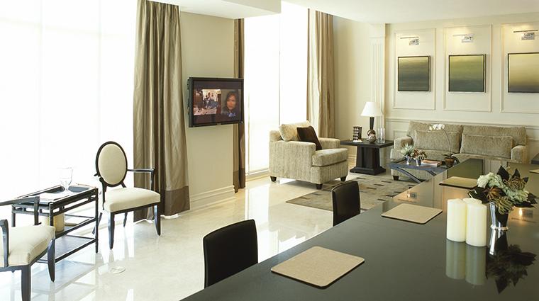 PropertyImage SOHOMetropolitanHotelToronto 4 Hotel GuestroomSuites PenthouseMainFloor CreditSOHOMetropolitanHotelToronto