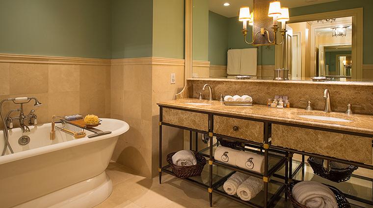 PropertyImage SalamanderResortandSpa 3 Hotel GuestroomsandSuites SuiteBathroom CreditSalamanderResortandSpa