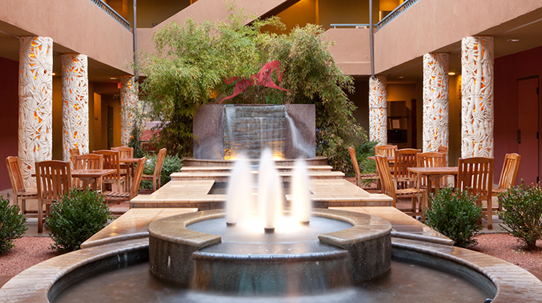 PropertyImage SedonaRougeHotelandSpa Hotel PublicSpaces Fountain CreditSedonaRougeHotelandSpa