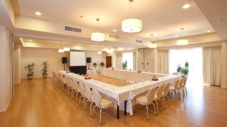 PropertyImage SedonaRougeHotelandSpa Hotel PublicSpaces MeetingRoom CreditSedonaRougeHotelandSpa