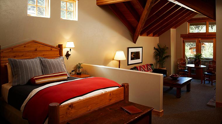 PropertyImage SundanceResort 2 Hotel GuestroomSuites SundanceCottageBedroom CreditSundanceResort