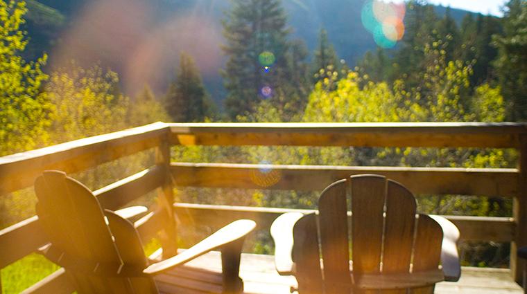 PropertyImage SundanceResort 5 Hotel GuestroomSuite SundanceSuite Balcony CreditSundanceResort