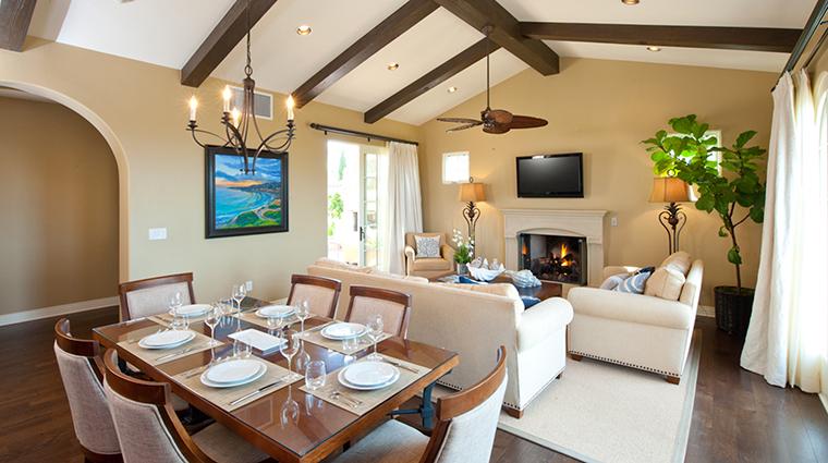 PropertyImage TerraneaResort Hotel 9 GuestroomSuites VillaLivingRoom 2 CreditTerraneaResort