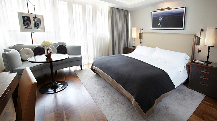 PropertyImage TheConnaught Hotel GuestroomsSuites DeluxeKingContemporary CreditMaybourneHotelGroup