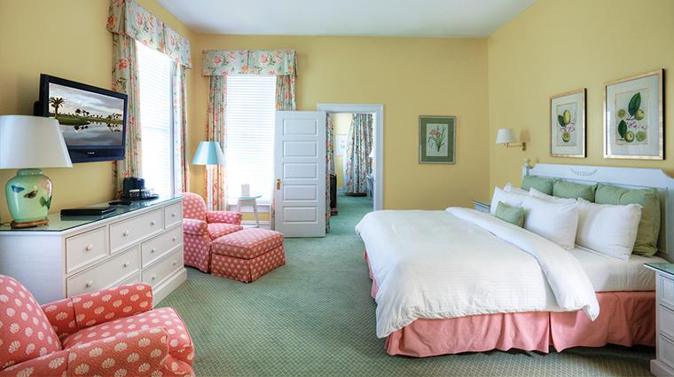 PropertyImage TheGasparillInnandClub 6 Hotel GuestroomsandSuites Guestroom 2 CreditTheGasparillaInnandClub