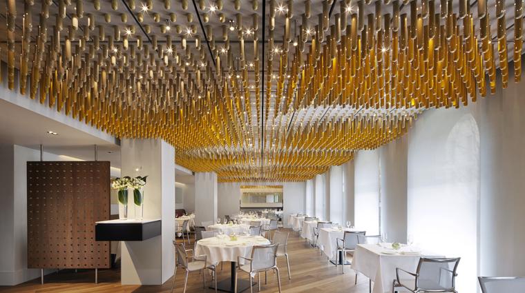 PropertyImage TheHalkin 3 Restaurant Ametsa DiningRoom CreditTheCOMOGroup
