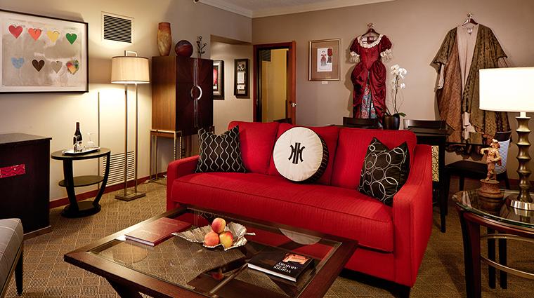 PropertyImage TheHeathmanHotel Hotel GuestroomsandSuites CenterStageSuite CreditTheHeathmanHotel