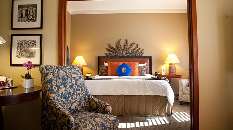 PropertyImage TheHeathmanHotel Hotel GuestroomsandSuites SymphonySuiteBedroom CreditTheHeathmanHotel