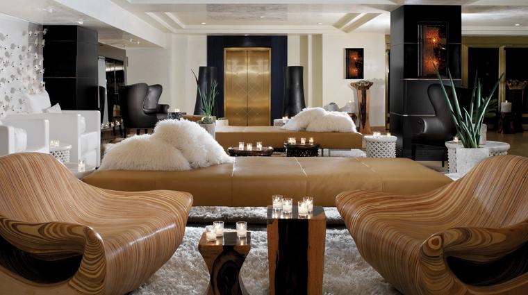 PropertyImage TheHuntleyHotelSantaMonicaBeach 1 Hotel PublicSpaces Lobby CreditHuntley