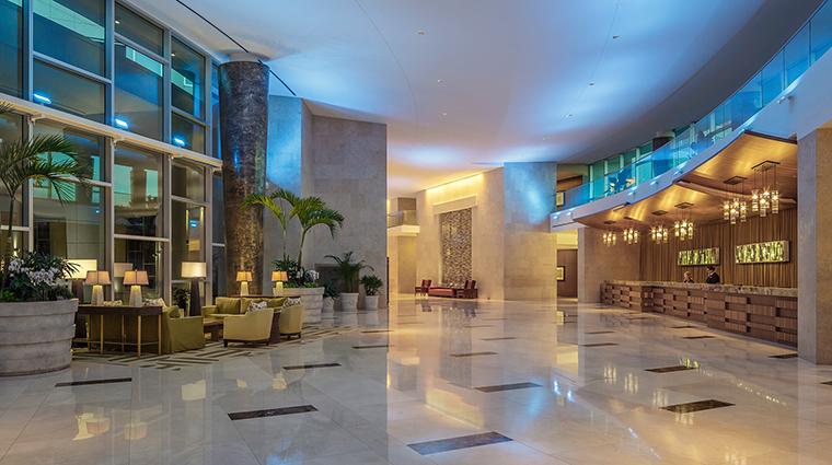 PropertyImage TheHyattRegencyOrlando Hotel 3 PublicSpaces Lobby CreditHyattCorporation