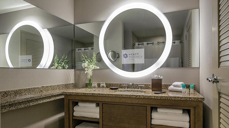 PropertyImage TheHyattRegencyOrlando Hotel 9 GuestroomSuites Bathroom CreditHyattCorporation