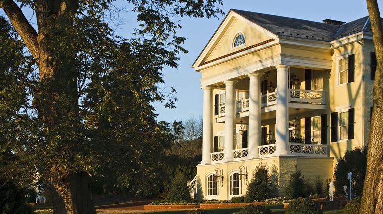 PropertyImage TheInnAtWillowGrove 7 Hotel Exterior ViewAtDusk CreditTheInnAtWillowGrove