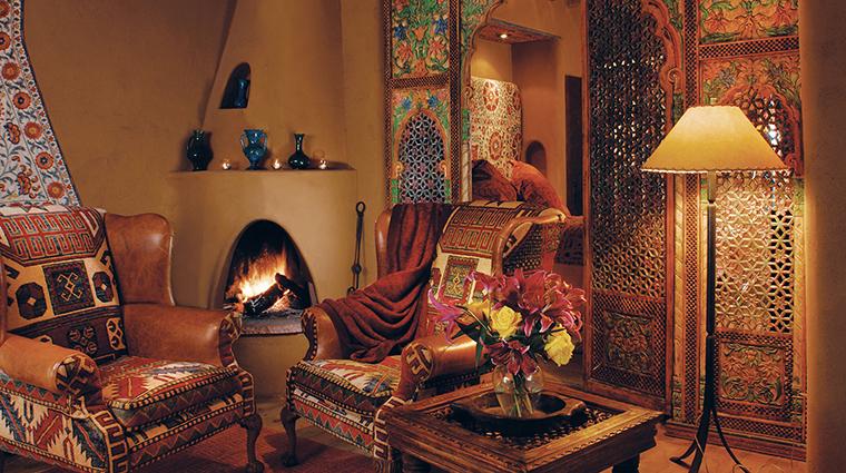 PropertyImage TheInnoftheFiveGraces 5 Hotel GuestroomSuite SuiteLivingRoom CreditTheInnoftheFiveGraces