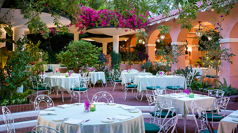 PropertyImage ThePoloLounge 1 Restaurant OutdoorPatio CreditDorchesterCollection