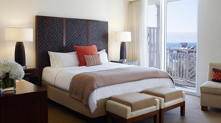 PropertyImage TheReachResort 8 Hotel GuestroomSuites OceanviewBoutiqueSuite CreditTheReachResort VFMLeonardoInc