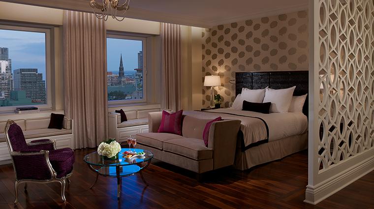 PropertyImage TheRitz CarltonMontreal 2 Hotel GuestroomsSuites JuniorSuite CreditTheRitz CarltonMontreal